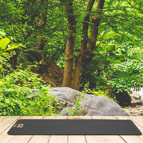 ROCKLEOPARD Yoga Mat Suitable for Pilates on Display