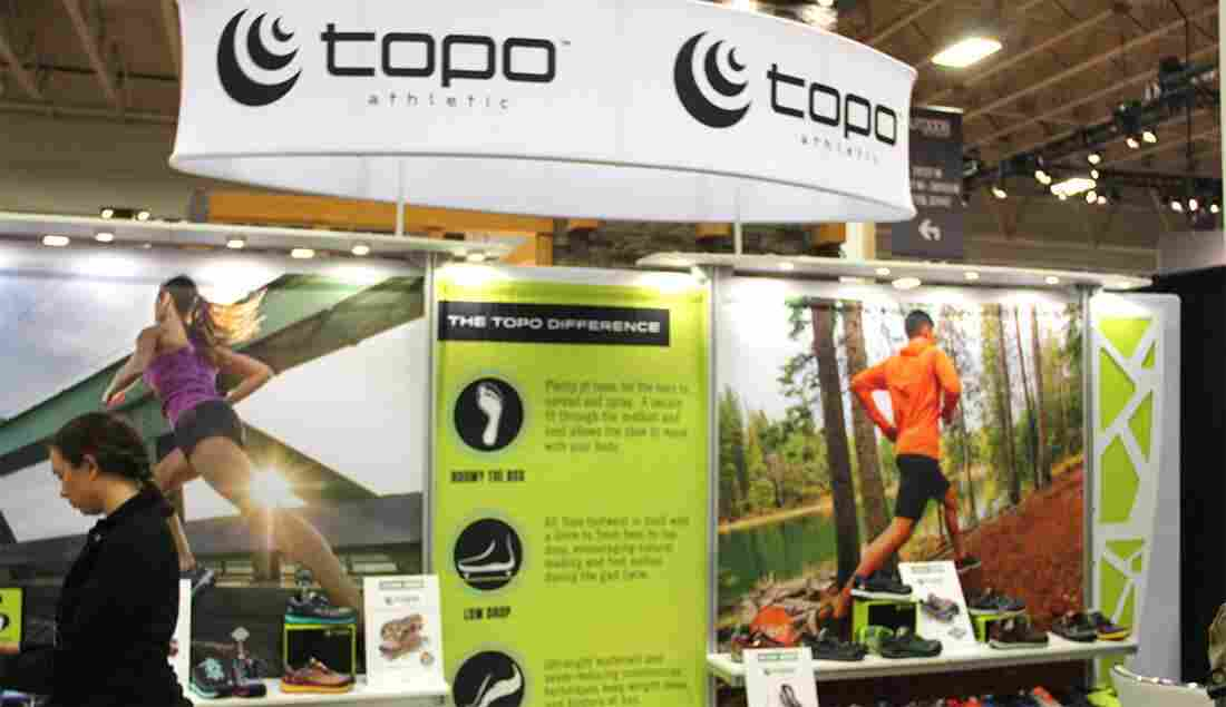 topo-athletic-booth-product-showcase