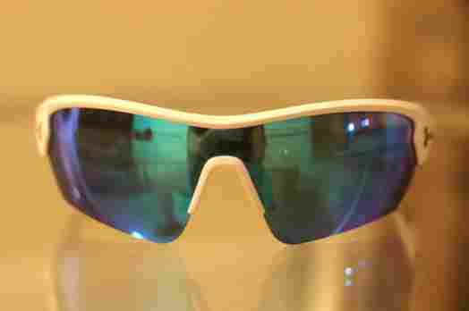 Under-Armour-Rival-Sunglasses-Front-Lit-Review