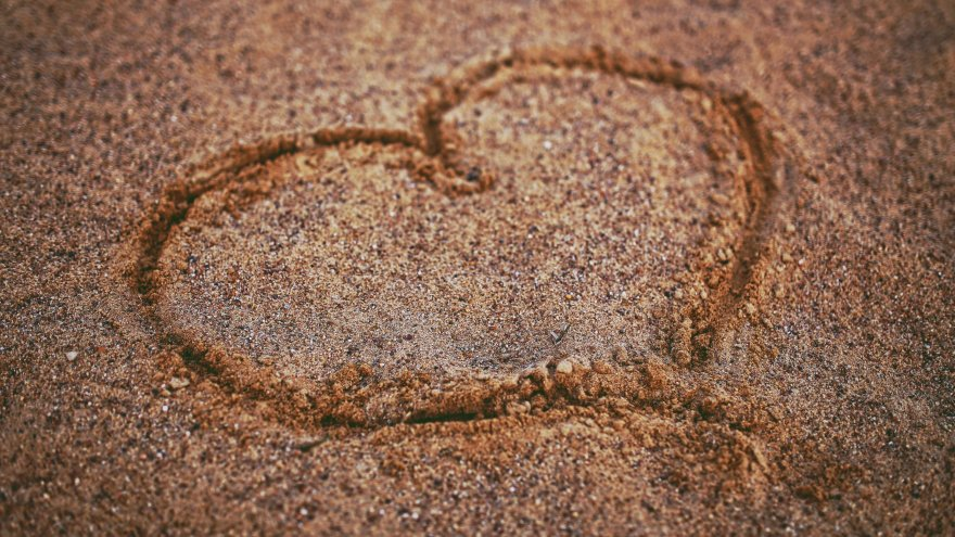 Sand training as a way to build muscle strength
