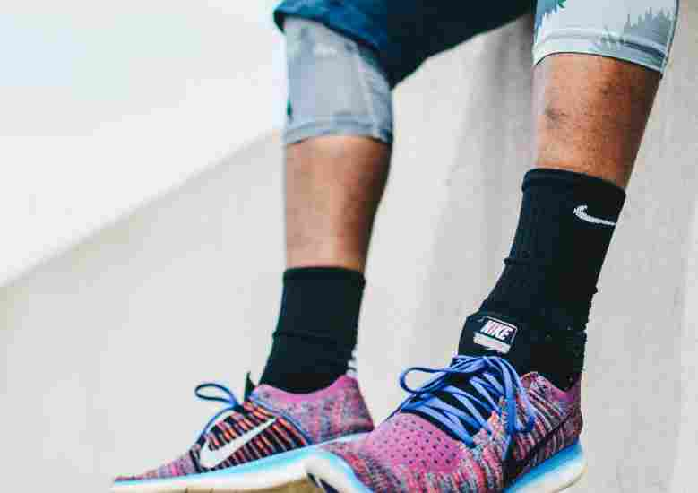 an in-depth review of your running socks, what they are made of, and how to pick the best socks