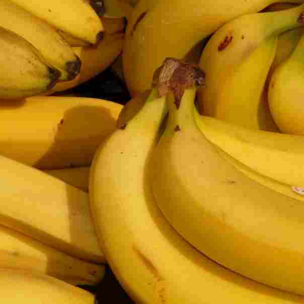 banana-fruit-healthy-yellow-41957