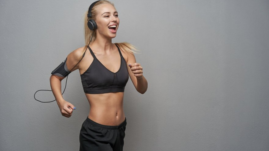 29 Best Running Podcasts: Top Podcasts To Binge On Your Next Run