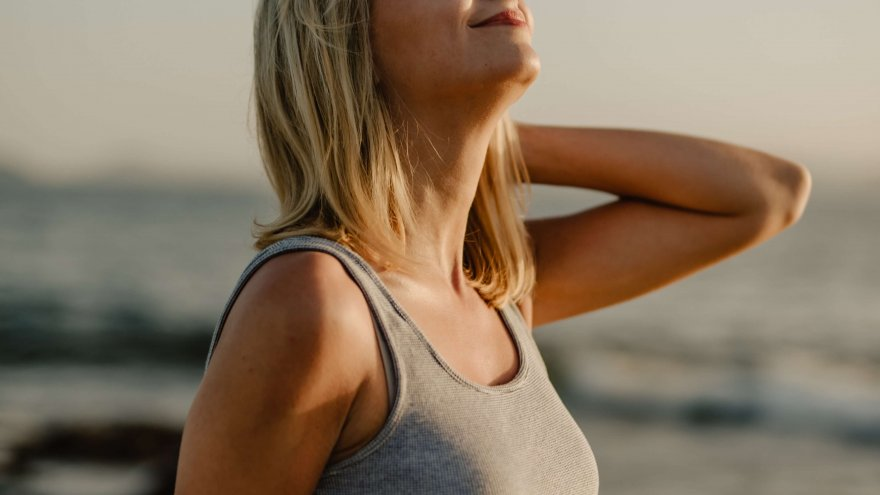 The best breathing techniques to use mid-run include deep belly breaths and timing breaths with cadence.