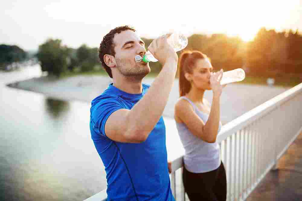 how-to-properly-warm-up-for-a-race-hydration