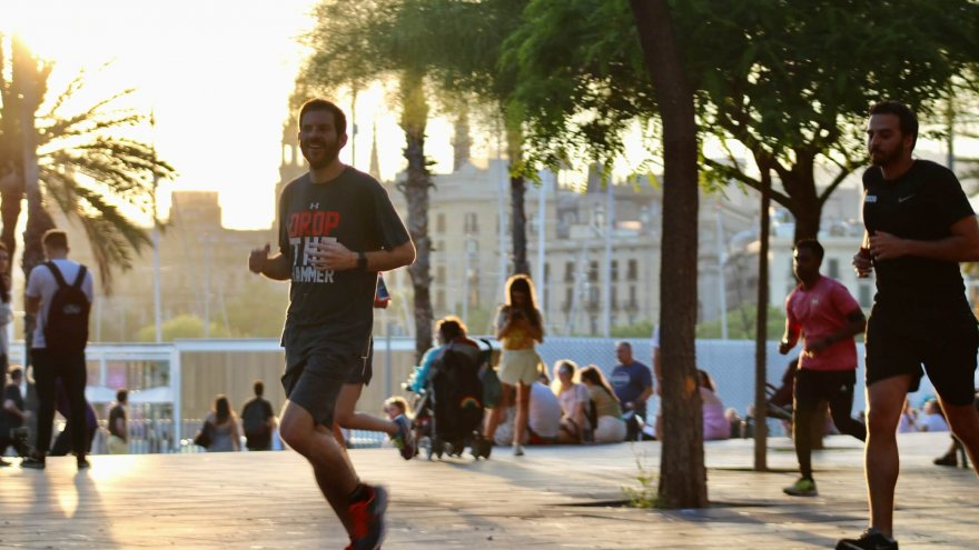 People Making Unsolicited Comments On Your Runs? This Is What We Do!