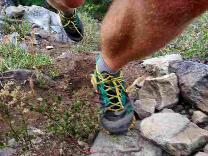 la-sportiva-bushido-shoes-action-shot1