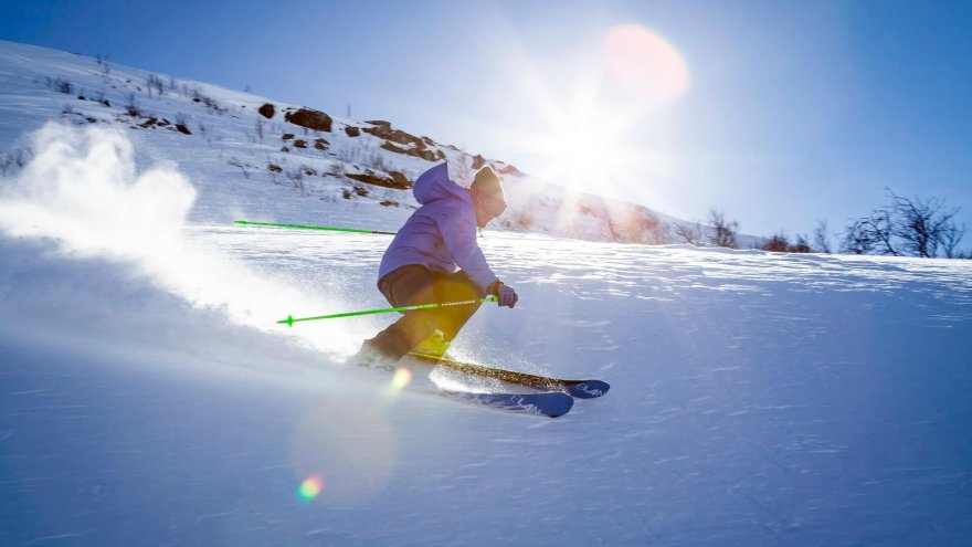 here why runners should consider cross country skiing