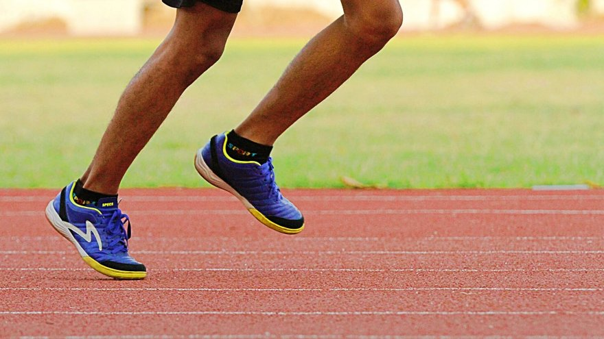 Some things you do every day may be throwing off your stride. Over time, it can add up to injury.