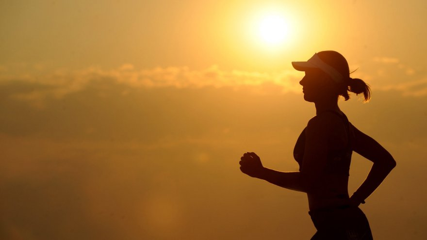 Safe running app and safety tips.