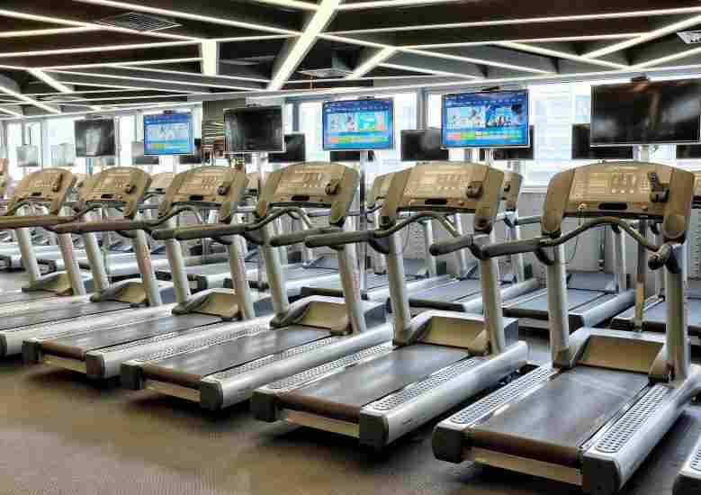 Treadmill classes are great ways to keep running fresh and fun.